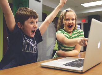 تقنيات التعليم في مرحلة رياض الأطفال