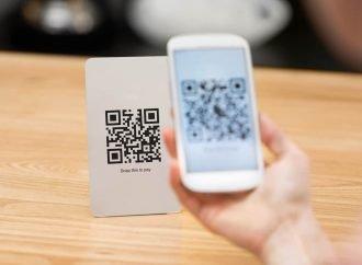 """استخدام تقنية رمز الاستجابة السريع """"Qr Code"""" للمفاهيم المجردة في التعليم"""