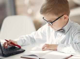 المنصات الإلكترونية تعزز القيم الإيجابية للتعلم عن بعد